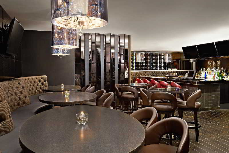 Bar Four Points By Sheraton Calgary West