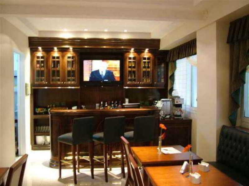 Bar Chateau Blend Hotel