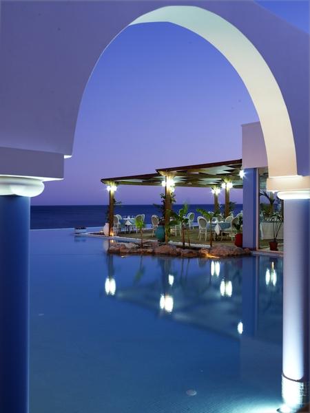 Pool Atrium Prestige
