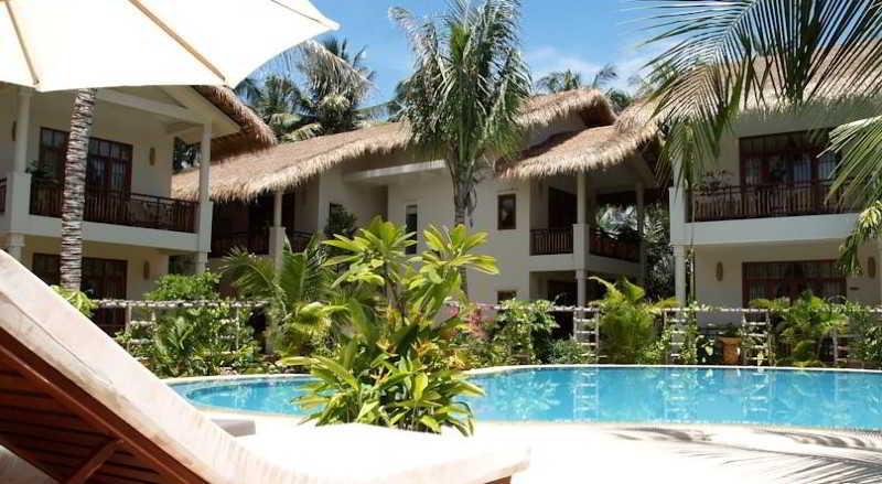 Bamboo Village Beach Resort & Spa - Pool - 2