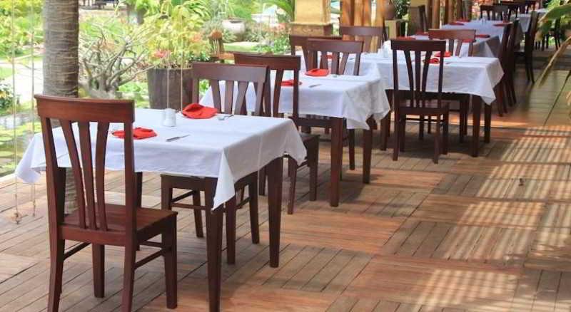 Bamboo Village Beach Resort & Spa - Restaurant - 4