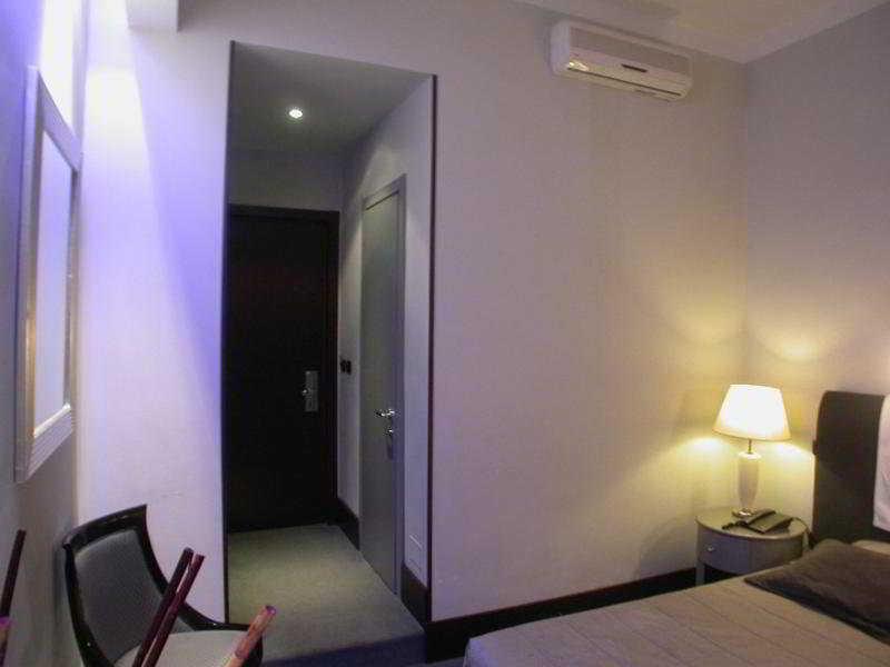 Room Giuggioli