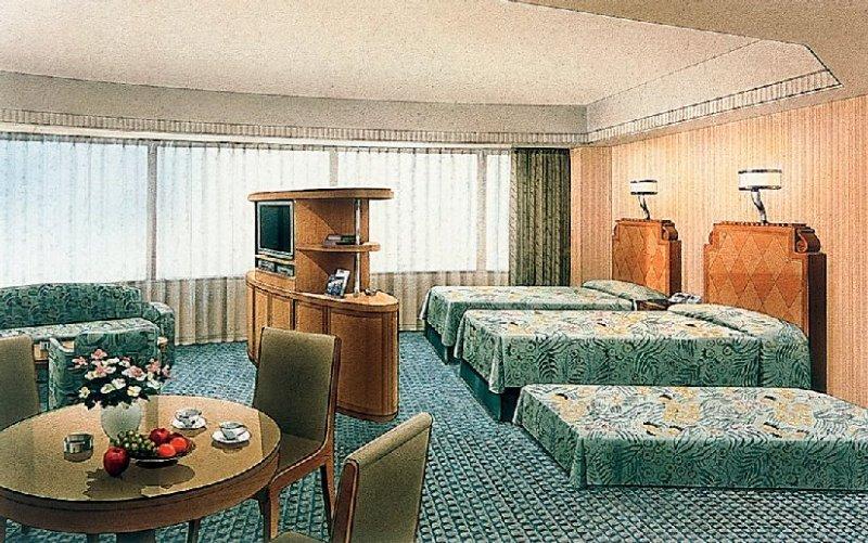 Room Disney Ambassador