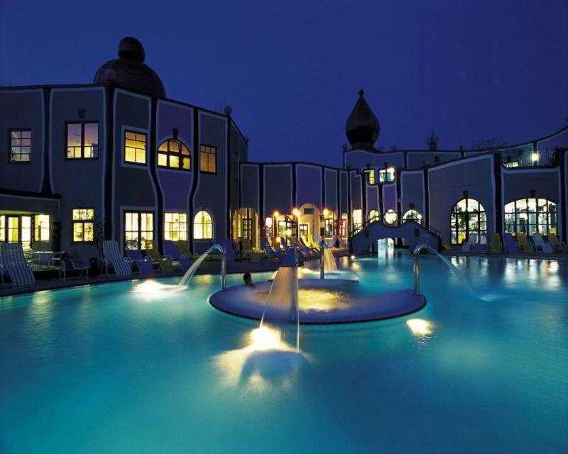 Apartamentos Las Fuentes 3000 - Pool - 15