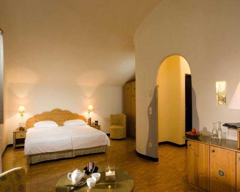Apartamentos Las Fuentes 3000 - Room - 3