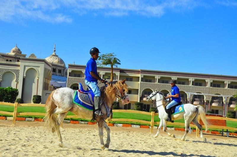 Sports and Entertainment Sentido Mamlouk Palace Resort