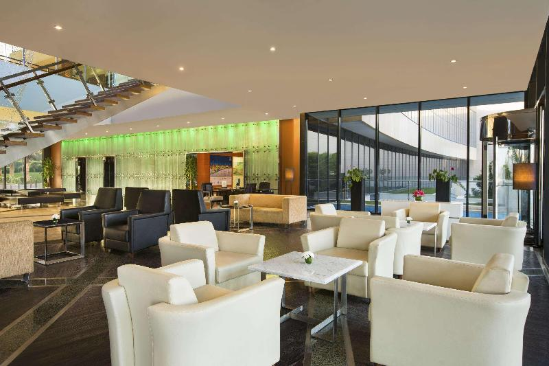 Lobby Hilton Kuwait Resort