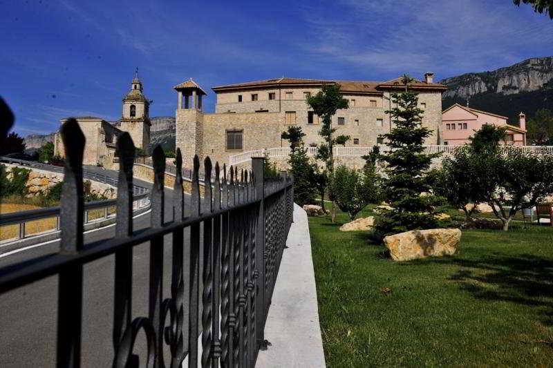General view Palacio Dos Olivos