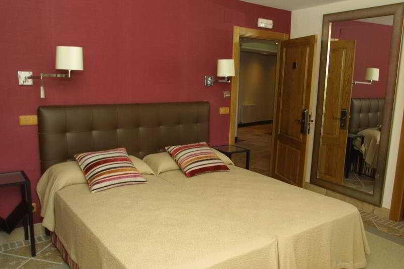 Room Palacio Dos Olivos