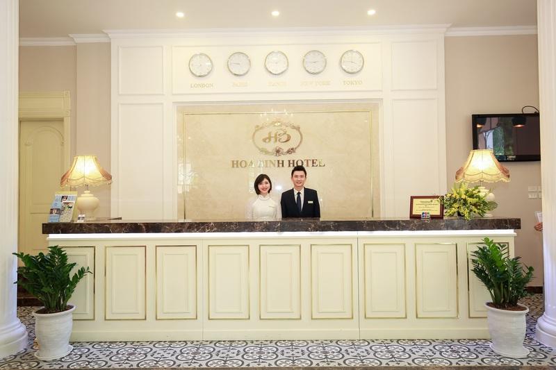Lobby Hoa Binh Hotel