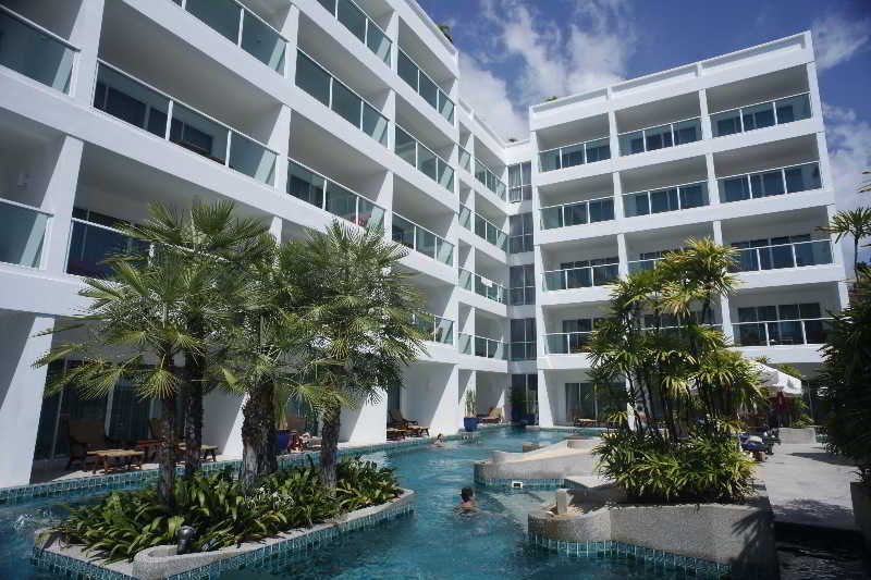 Pool Chanalai Romantica Resort