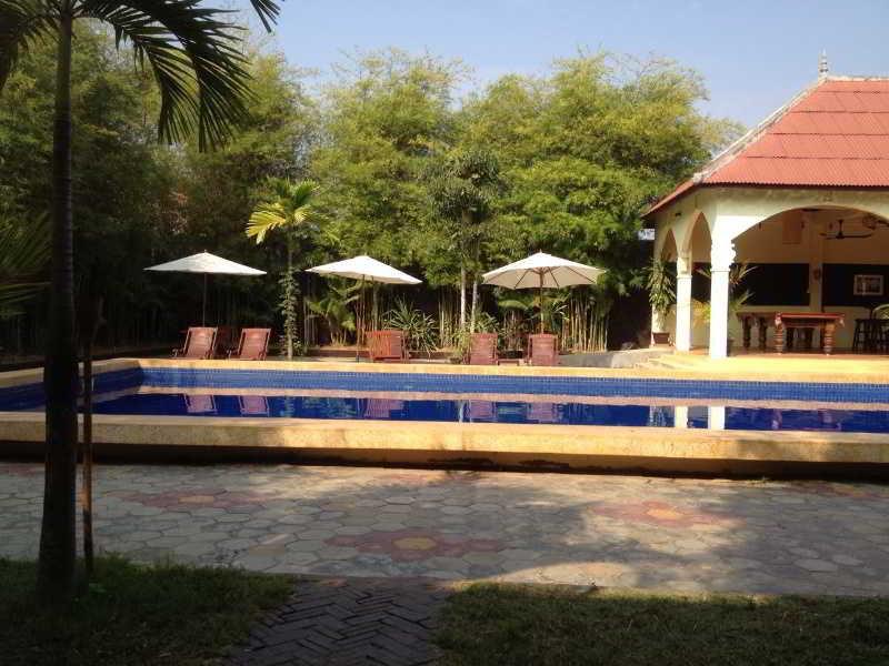 Pool Lotus Garden Boutique