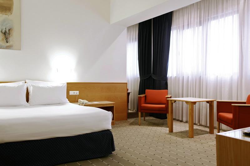 Room Tres Reyes