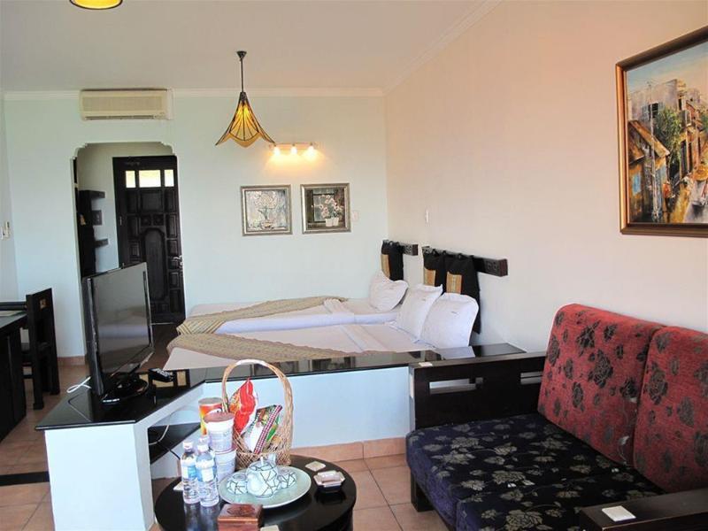 Dynasty Resort - Hotel - 1
