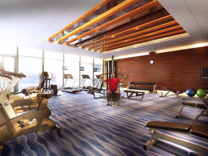 Sports and Entertainment Radisson Blu Hotel Shanghai Hong Quan