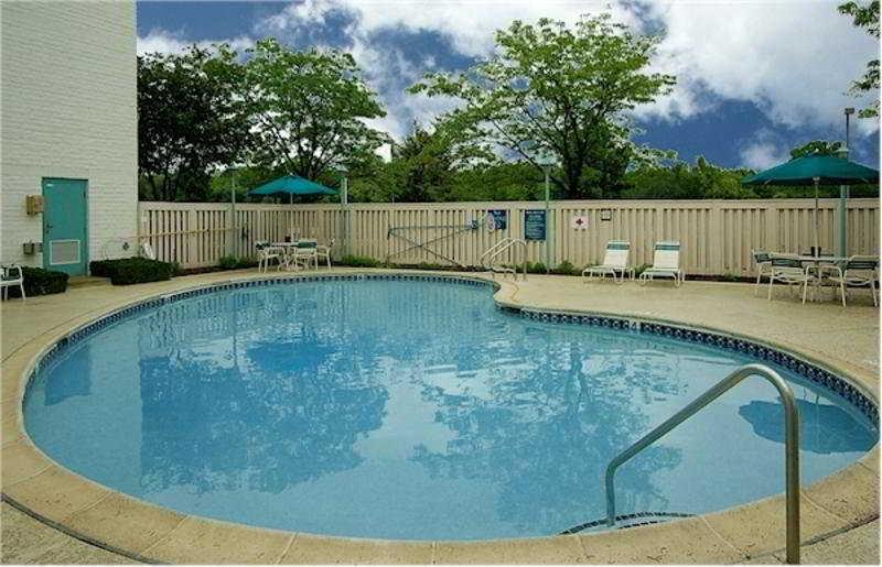 Pool La Quinta Inn Chicago - Hoffman Estates