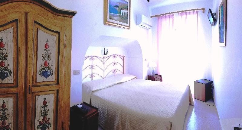 Room La Perla
