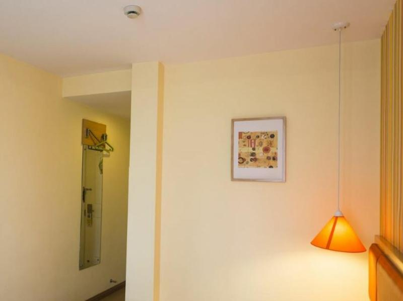 Home Inn Jinsong - Room - 1