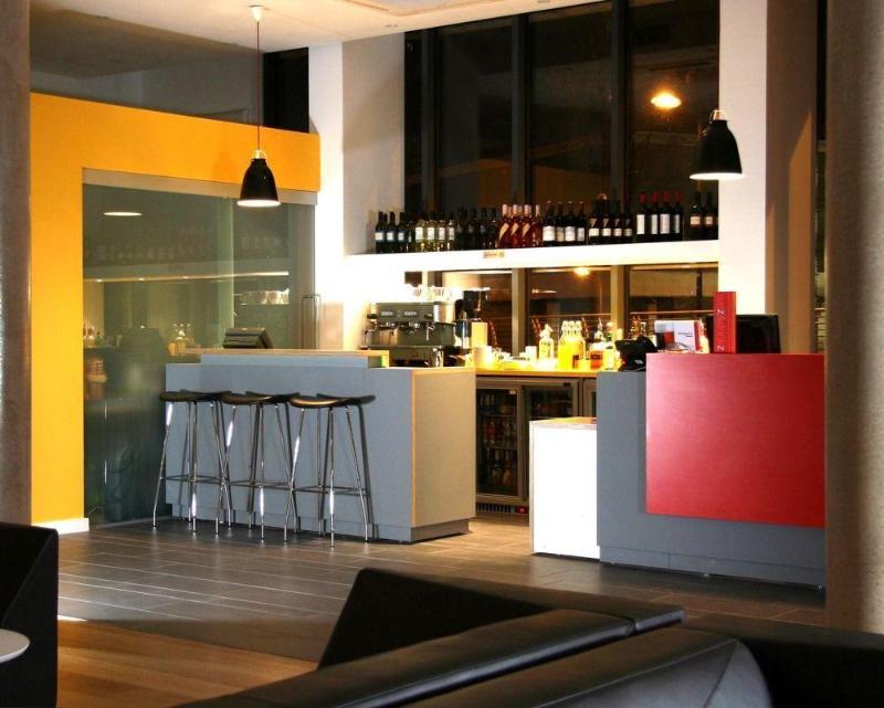 General view Sleeperz Hotel Cardiff