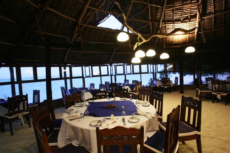 Restaurant Karafuu Hotel Beach Resort