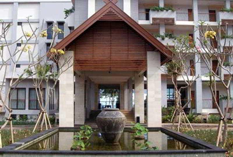 General view Bintang Flores Hotel