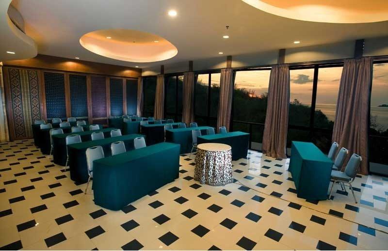 Conferences Bintang Flores Hotel