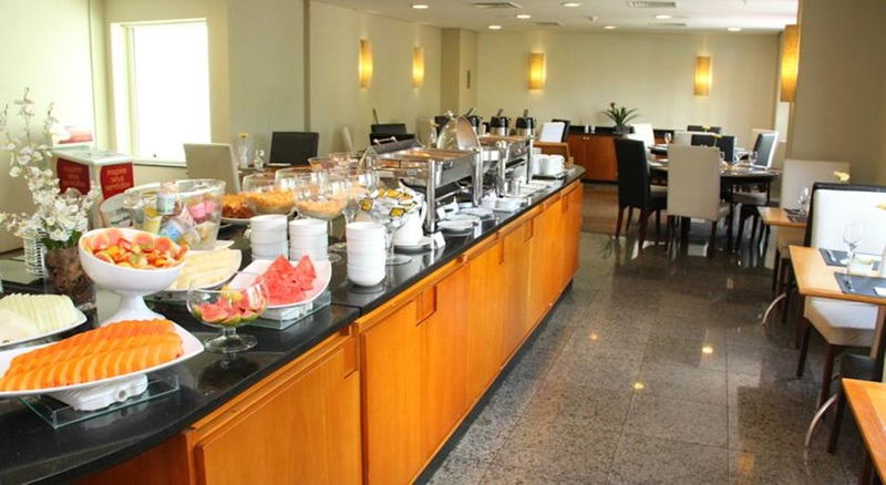 Restaurant Plaza Barra First