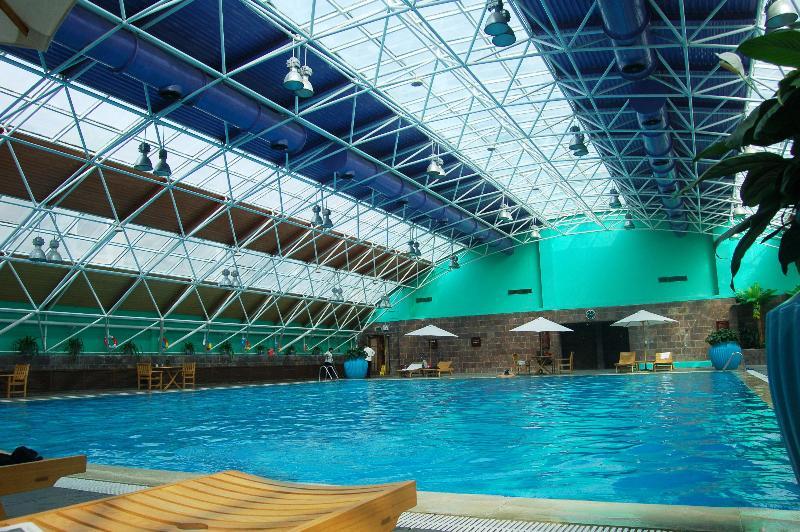 Pool Crowne Plaza Zhengzhou
