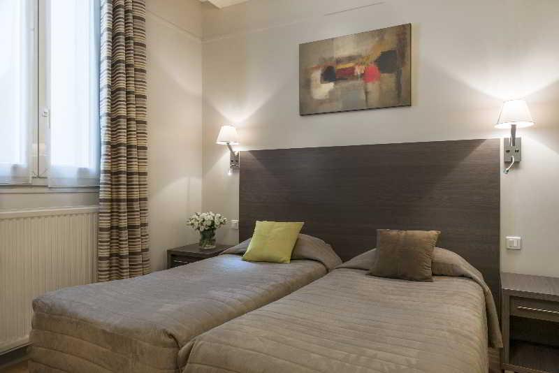 Room Beaugency