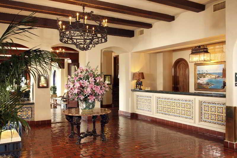 Lobby La Valencia