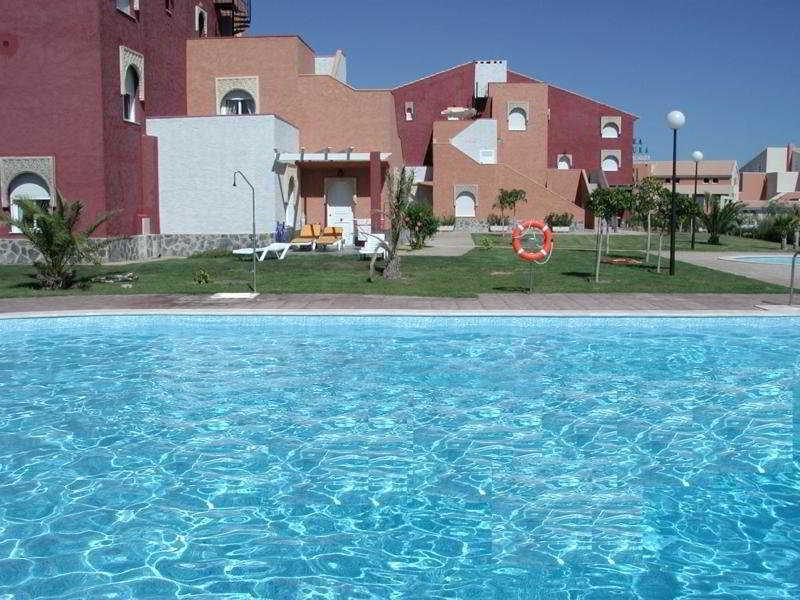 La Menara Apartamentos - Hotel - 1