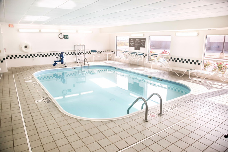 Comfort Inn, Gurnee - Pool - 2