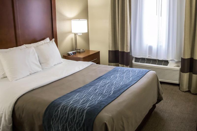 Comfort Inn, Gurnee - Room - 8