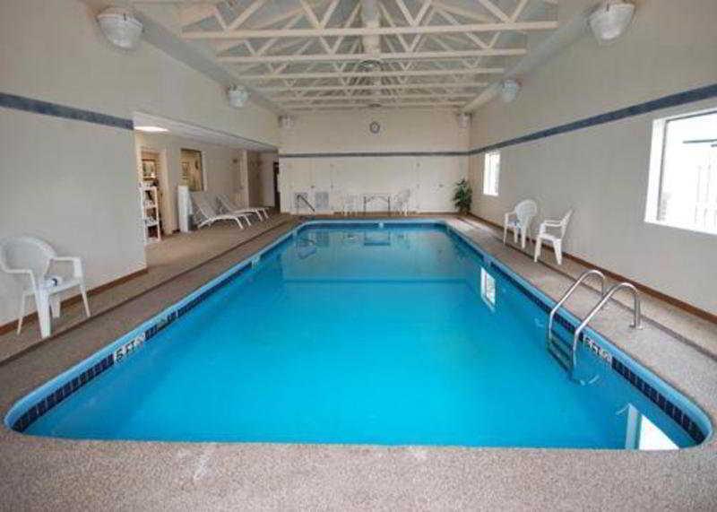 Pool Comfort Suites East