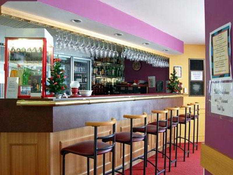 Bar Quality Inn Centre Point