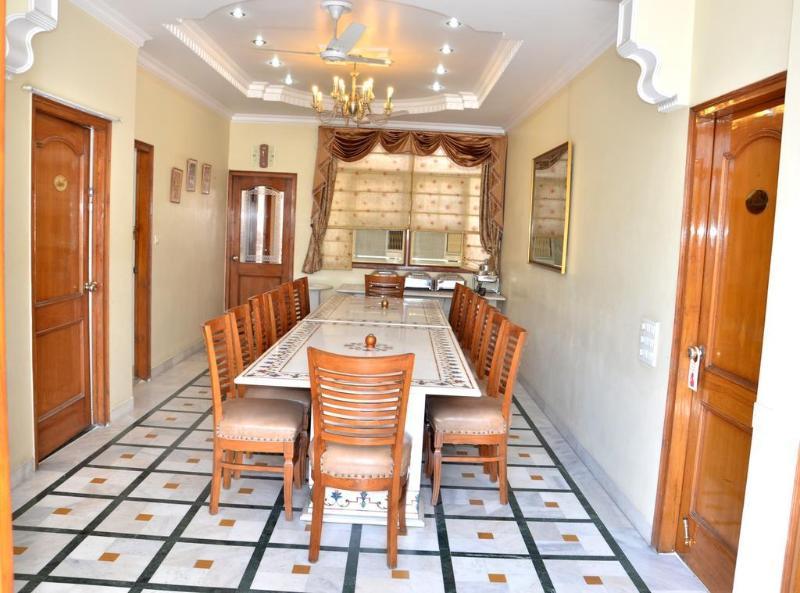 Bajaj Indian Homestay - Hotel - 0