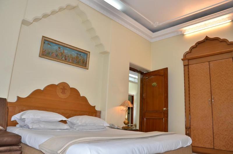 Bajaj Indian Homestay - Hotel - 2