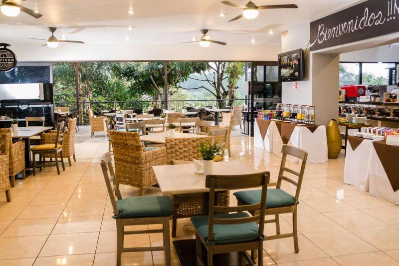 General view Comfort Inn Cordoba