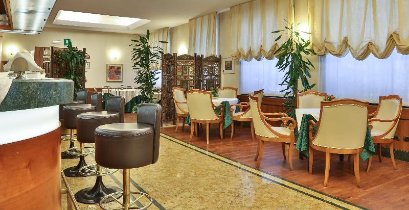 Bar Best Western Hotel Mirage