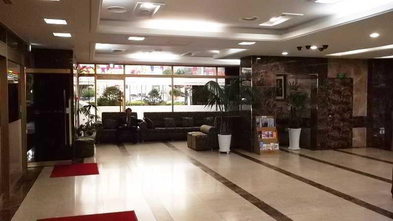 Lobby Incheon Airport Hotel June