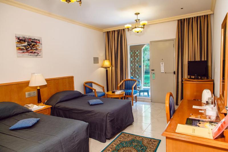Sharjah Carlton Hotel - Room - 9