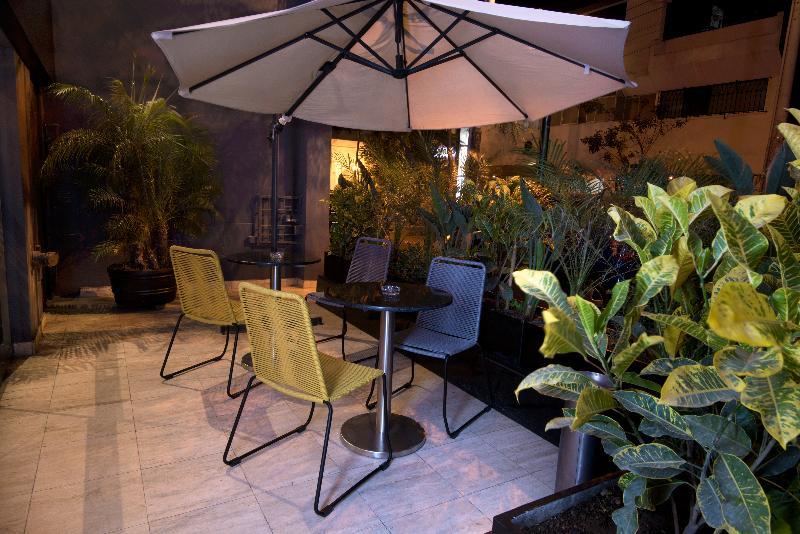 Terrace Mariel