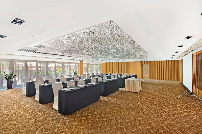 Conferences Harbour Plaza 8 Degrees