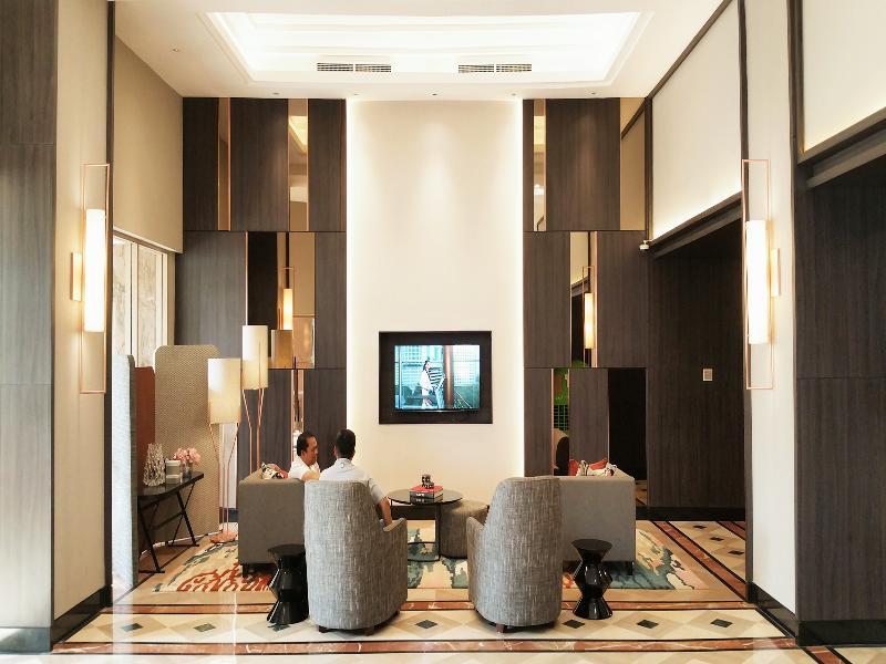 Lobby Somerset Grand Citra