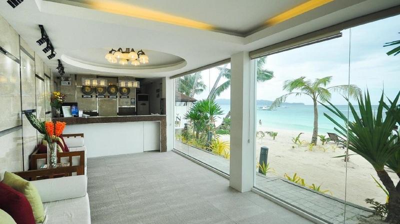 Lobby Boracay Ocean Club Beach Resort