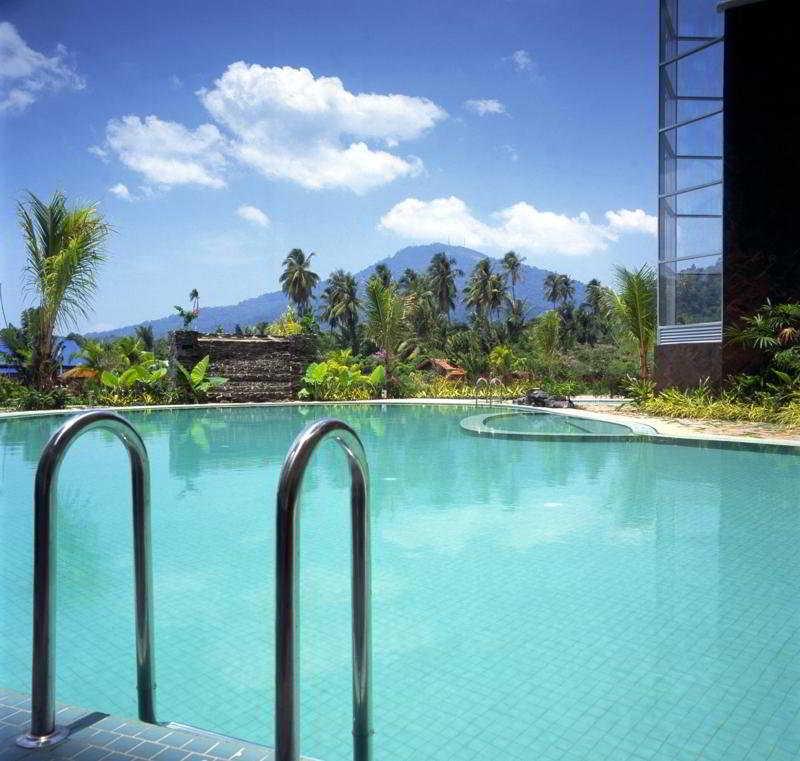 Pool Century Suria Service Apartment, Langkawi