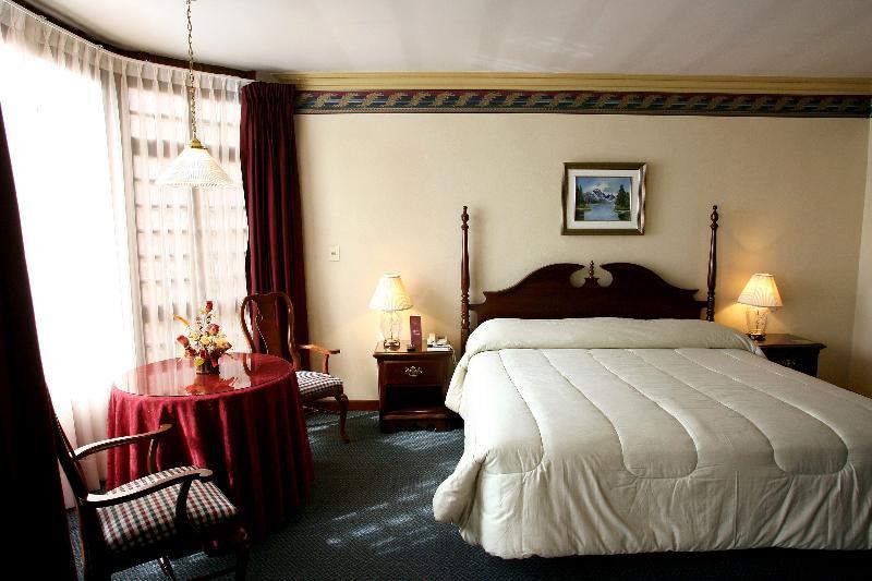 Room Portales