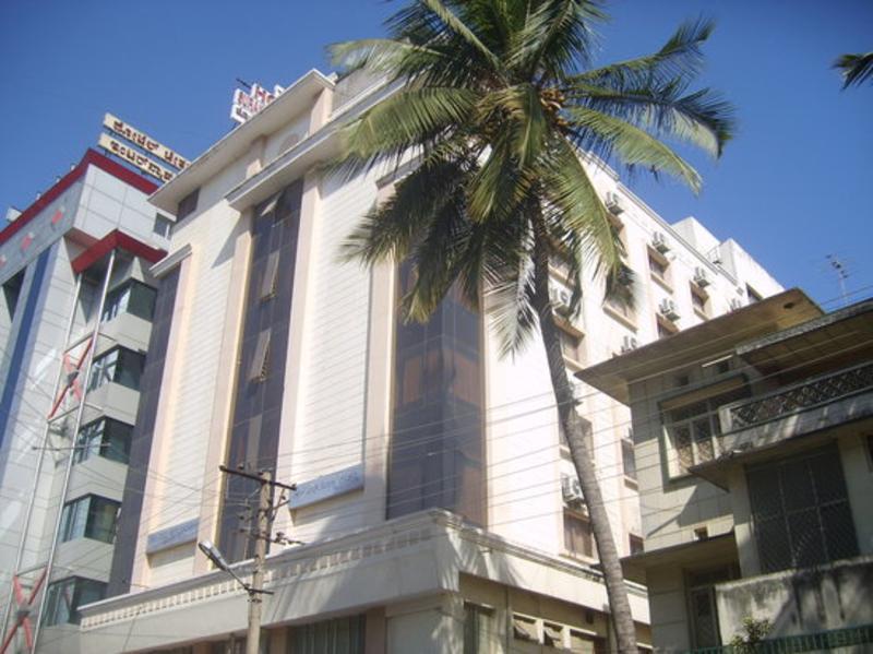 Suraksha Residency - Hotel - 4