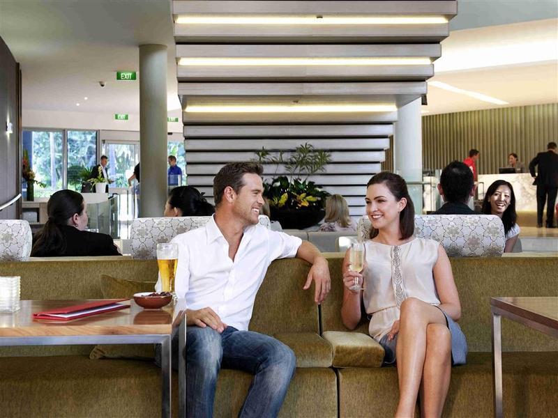 Bar Novotel Sydney Olympic Park