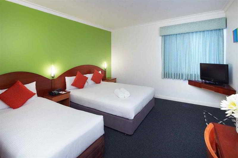 General view Ibis Styles Perth